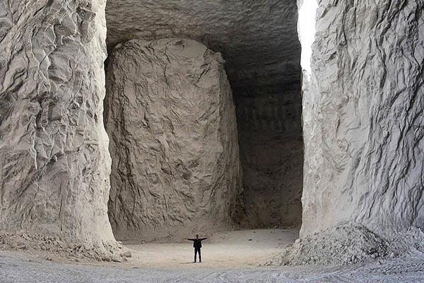 ستون های معدن نمک گرمسار